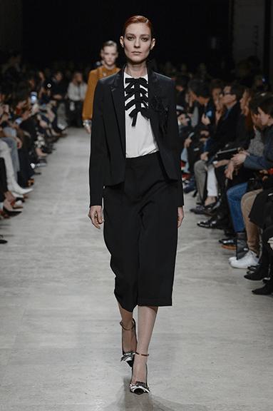 roshas-bryuki Женская мода осень зима 2017-2018: основные тенденции, фото