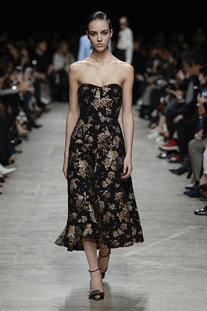 roshas-plate Женская мода осень зима 2017-2018: основные тенденции, фото